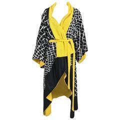 Vintage Gottex kimono style pool or beach coat black white and yellow 1980s
