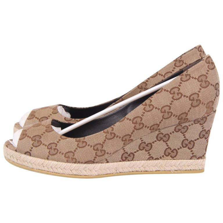 Gucci Canvas Peep Toe Wedge Shoes - beige ebony For Sale