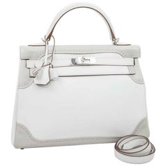 HERMES Kelly 32 Ghillies Bicolor Swift White and Pearl Gray Leather