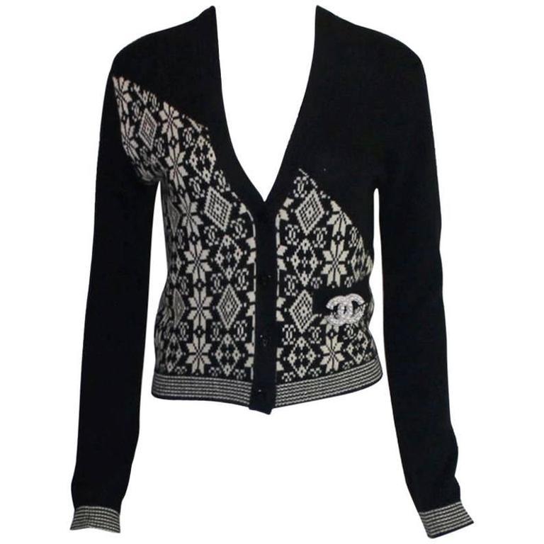Chanel Monochrome CC Logo Cashmere Knit Cardigan