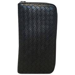 Bottega Veneta Woven Black Leather Zipper Wallet