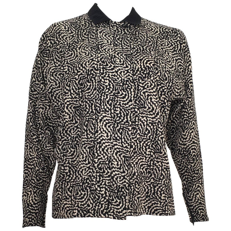 Gianni Versace 1980s Wool Abstract Pattern Button Up Blouse Size 6 / 40.