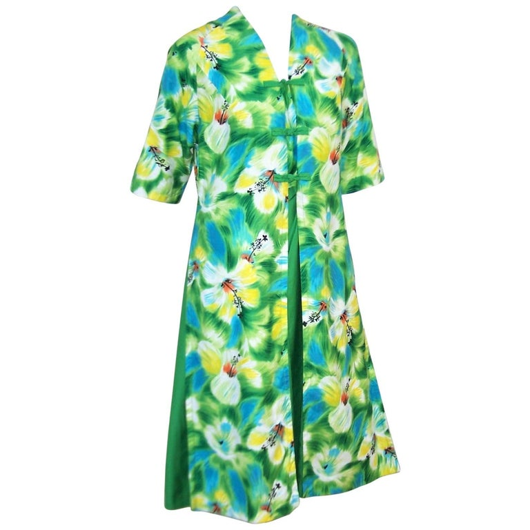 Tropical 1950's Kamehameha Hawaiian Floral Cotton Dress