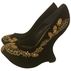 New Alexander McQueen Black Velvet Gold Acorn Embroidered Armadillo Wedges Shoes