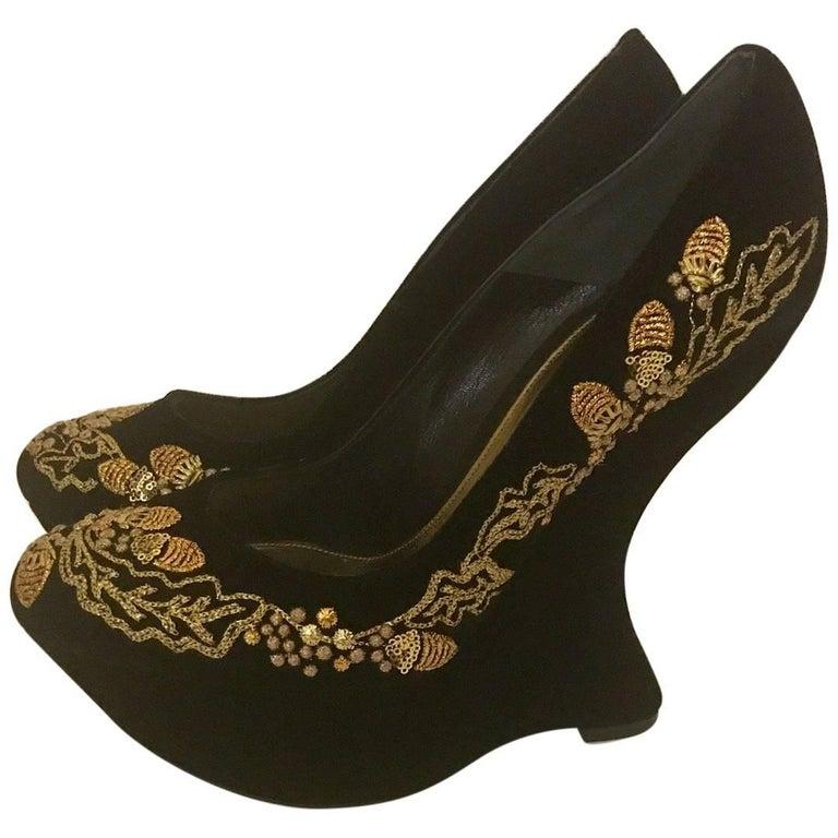 New Alexander Mcqueen Black Velvet Gold Acorn Embroidered