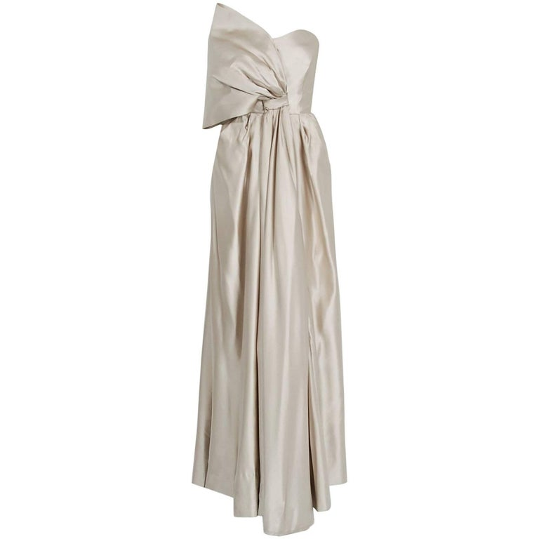 Saks Fifth Avenue Wedding Gowns: 1950's Saks Fifth Avenue Champagne Silk Sculpted Bow