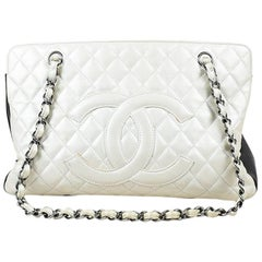 Chanel White & Black Leather Quilted Colorblock Chain Strap 'CC' Tote