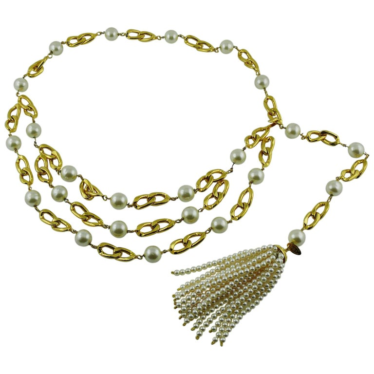 Chanel Vintage Rare 1988 Pearl Tassel Chain Belt