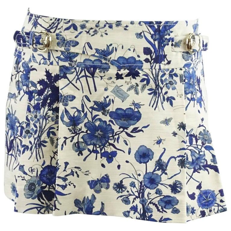 Gucci Blue Floral Print Mini Skirt - 42 For Sale