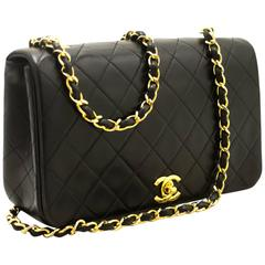 CHANEL Chain Shoulder Bag Crossbody Black Quilted Flap Lambskin