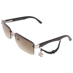 Chanel Sunglasses CC Charm - black