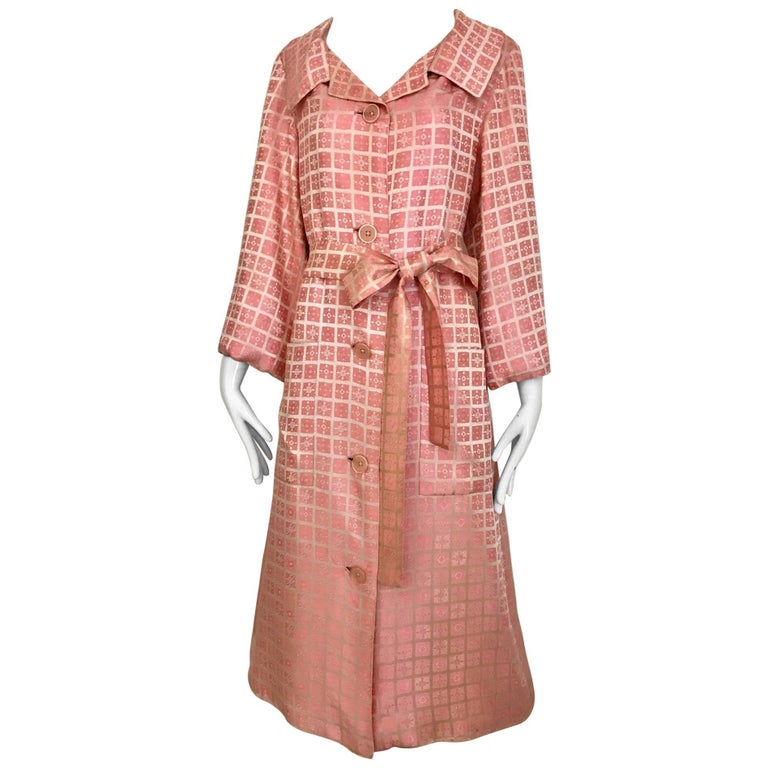 1970s CHRISTIAN DIOR Pink Mosaic Checkered Print Silk jacquared Coat For Sale
