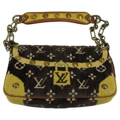 Limited Edition Louis Vuitton Fabric and crocodile Shoulder Bag