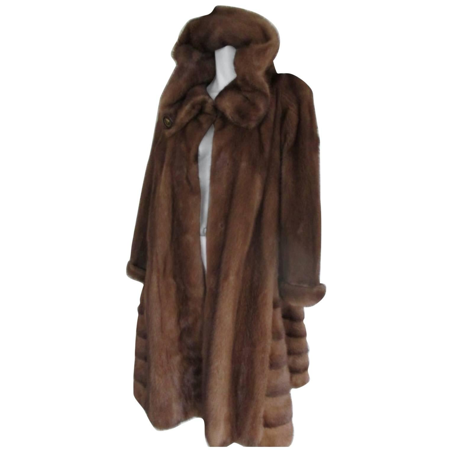 Black Coyote Fur Coat Neiman Marcus >> Vintage Fur Coats 919 For Sale On 1stdibs
