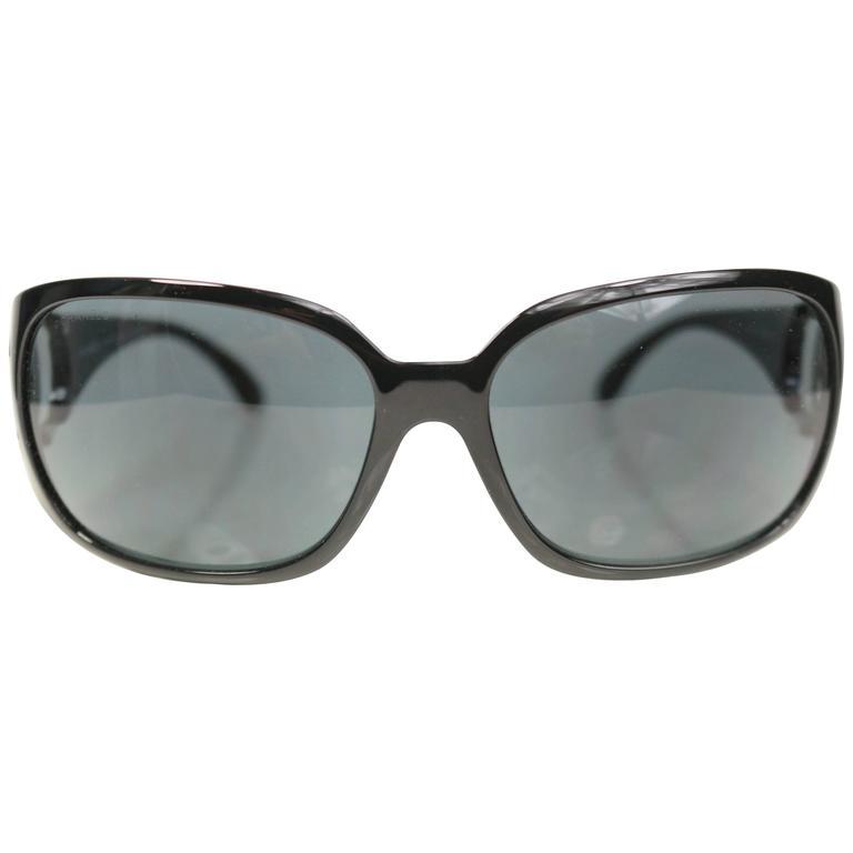 "Chanel Black Frame ""CC"" Logo Sunglasses For Sale"