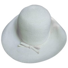Saks Fifth Avenue Crisp White Raffia Summer Hat c 1970