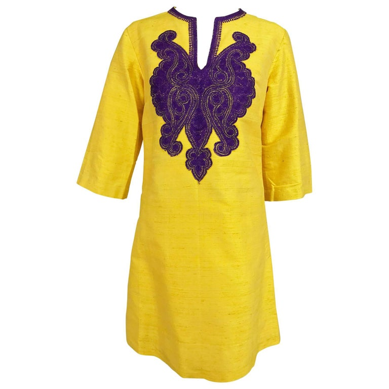 Vintage tunic of raw silk in saffron with purple embroidered applique 1960s