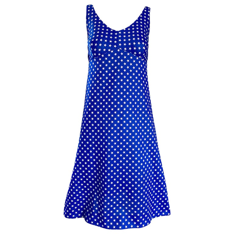1960s Royal Blue and White Star Print A - Line Novelty Vintage 60s Dress For Sale