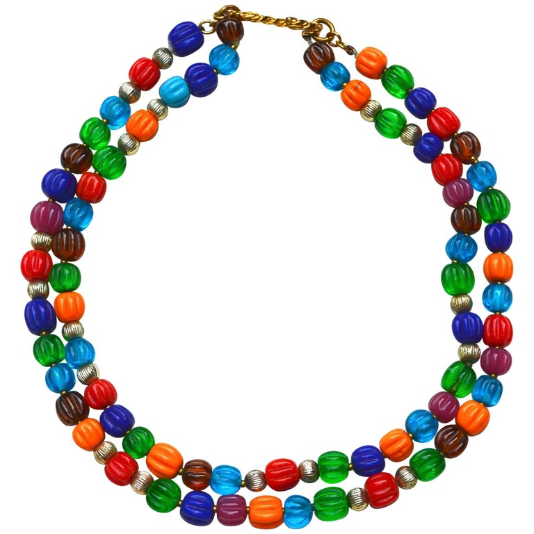 60s Chanel Gripoix Glass Bead Necklace For Sale