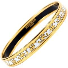 Hermès White Enamel Thin Bangle Bracelet