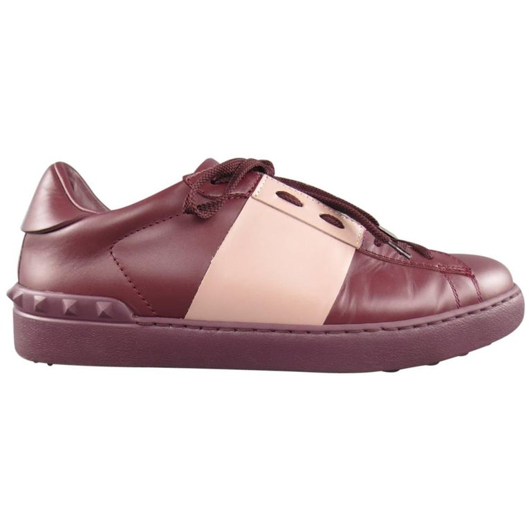 Men's VALENTINO Size 7.5 Burgundy & Mauve Two Toned Leather Rockstud Sneakers For Sale