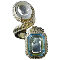 Contrary fashion ring by Patrizia Daliana