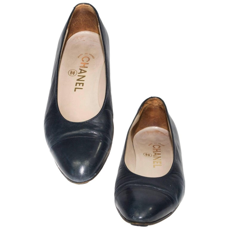Chanel Classic Black Leather Flats For Sale
