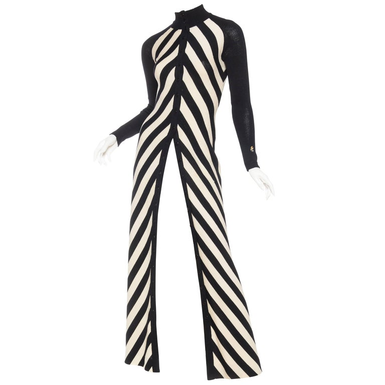 Black & White Op-Art Chevron Striped Maxi Sweater Cardigan