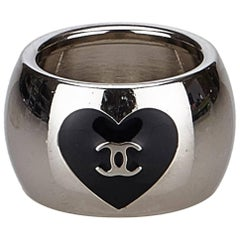 """Chanel Silver Toned Black """"CC"""" Heart Ring"""