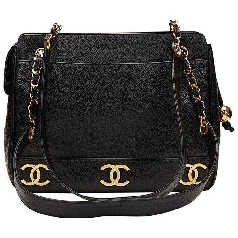 1995 Chanel Black Caviar Leather Vintage Logo Trim Shoulder Bag For Sale b636ebebea8c8