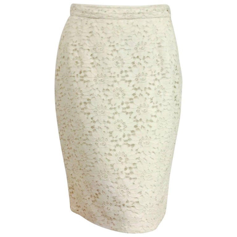 Ultimate Ungaro Ivory French Lace Pencil Skirt