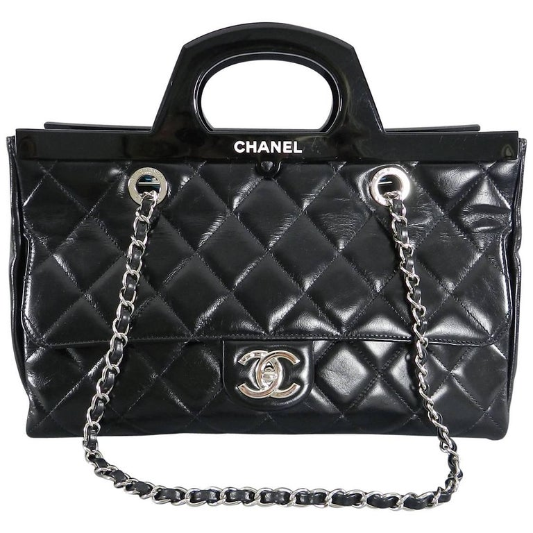 01cd9e660099b5 Chanel 15B Small Glazed Black CC delivery tote at 1stdibs