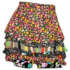 Collector's Gianni Versace Couture 1993 Floral Printed Silk Shorts Skirt