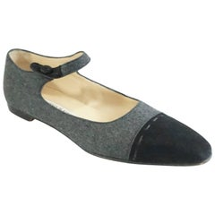 Manolo Blahnik Grey Wool and Black Suede Mary Jane Style Shoes-37.5