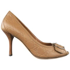 GUCCI Size 8 Tan Monogram Embossed Leather Peep Toe Horsebit Pumps