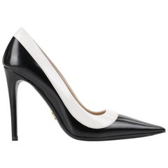 "PRADA c.2013 ""Spazzolato Bicolor"" Black & White Leather Pointed Toe Pumps"