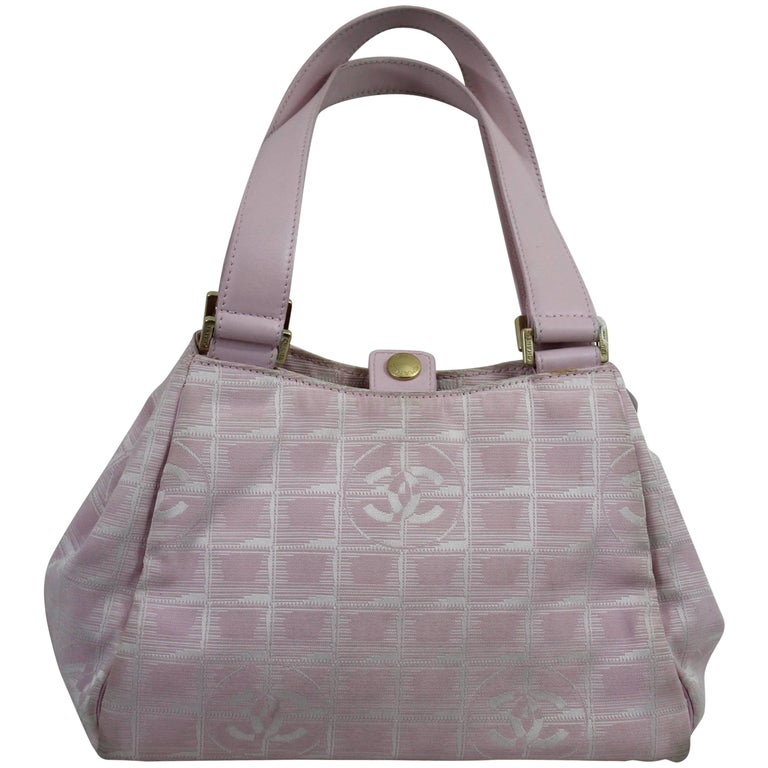 0a35e7d4b837 Chanel Pink Canvas Vintage Bag. Fair Condition at 1stdibs