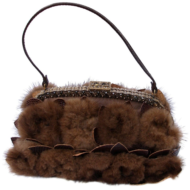 FAN-TAS-TIC Valentino Evening bag in mink fur and crystal /Edition Limited RARE