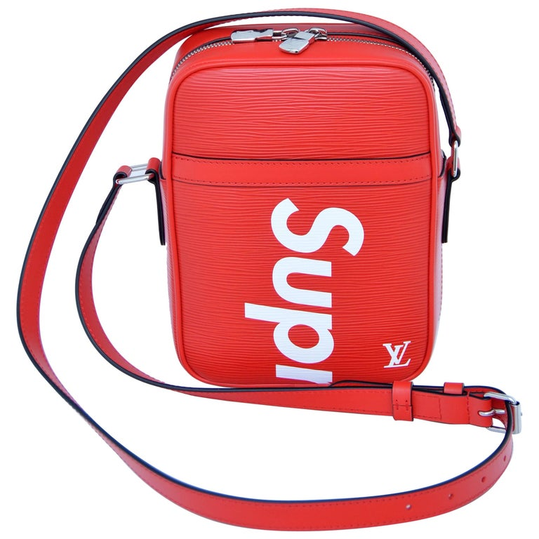 Supreme Louis Vuitton Red Shoulder Bag Danube RARE Pop-Up Exclusive NEW 1