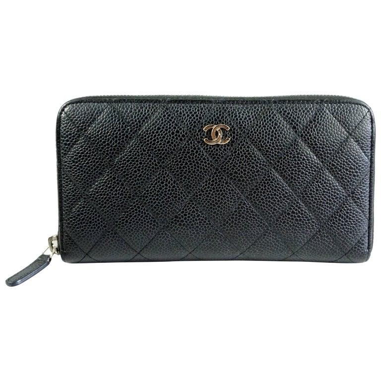 976f8e0f00f0 Chanel Black Caviar Leather Zippy Wallet at 1stdibs