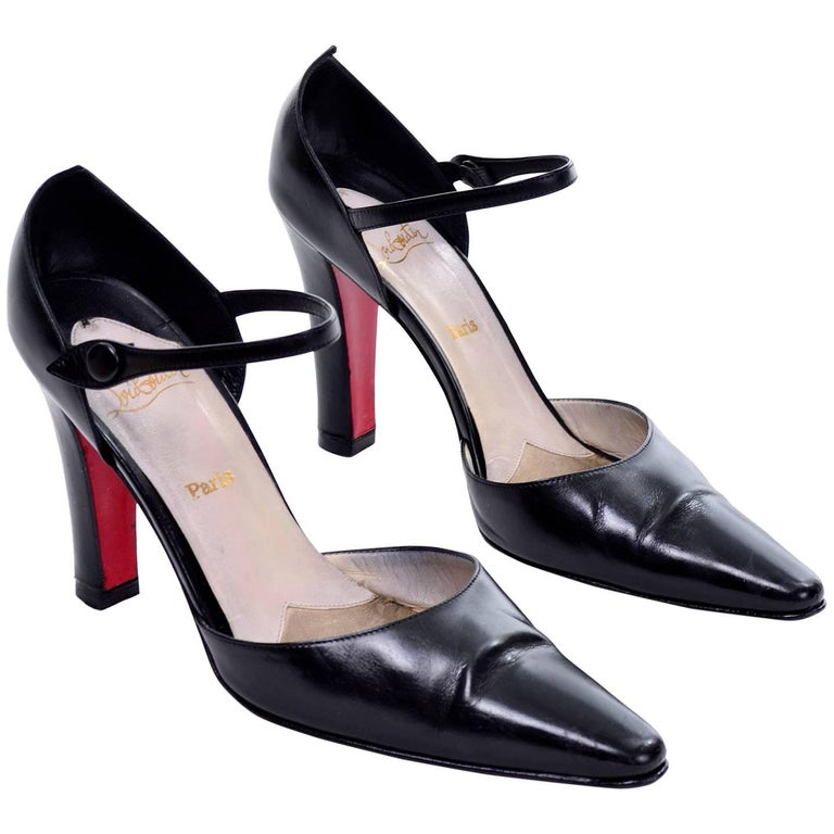 Vintage Christian Louboutin Mulano Black Calf Leather Pumps w/ Red Soles Size 7 For Sale