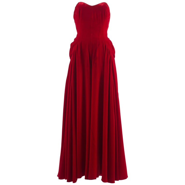 Jean Doucet Autumn-Winter 1996 couture red velvet palazzo strapless jumpsuit