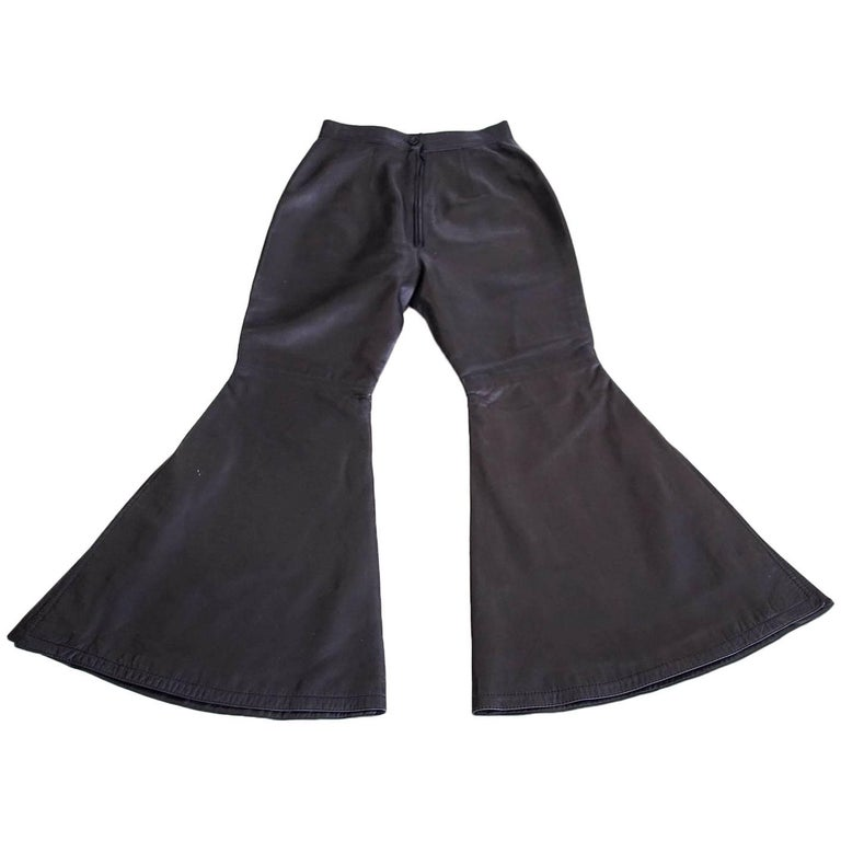 Gianni Versace Atelier Dramatic Vintage Black Leather Pant 40 / 6 For Sale