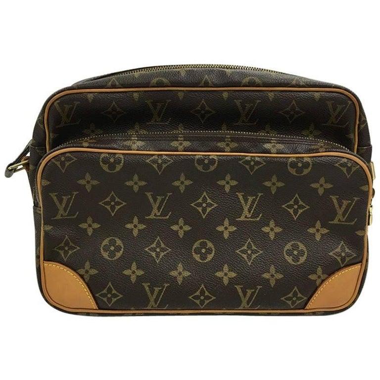 Louis Vuitton Nil Handbag Monogram Canvas 28 At 1stdibs