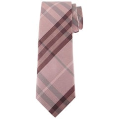 "Burberry Texture Check Silk Pink Tie - Size: 3"" (8cm)"
