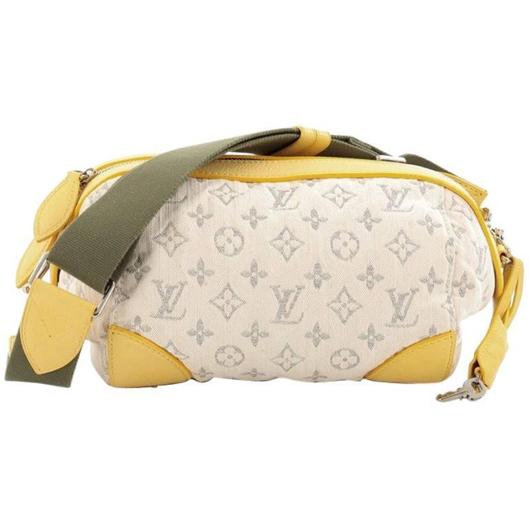 Louis Vuitton Pochette Round Monogram Denim