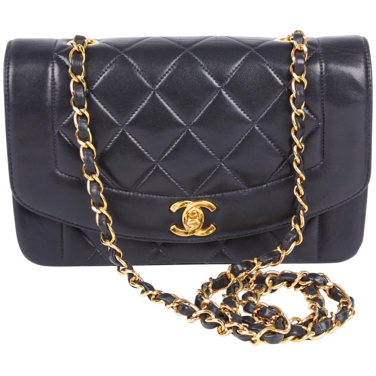 e5dd7f642743 Chanel Vintage Diana Single Flap Bag - dark blue leather 1995 at 1stdibs