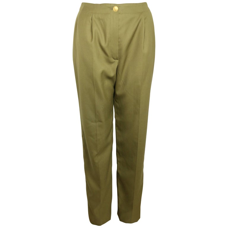 Military surplus wool pants are great for keeping you warm at work and play in winter. Hunters typically choose cargo styles for their wool hunting pants. We recommend trousers for workwear. We have a large selection of army surplus wool pants and knickers, plus suspenders if you need them.