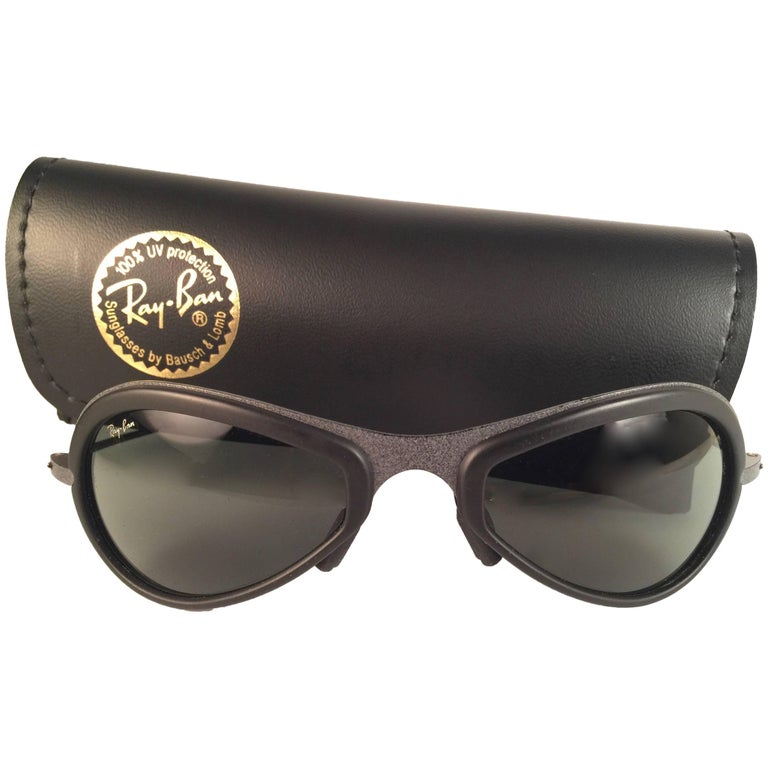 New Vintage Ray Ban Air Boss Titanium & Black G15 Lenses 1990's B&L Sunglasses