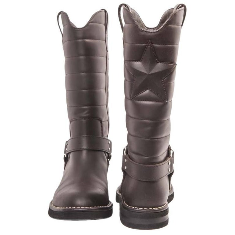Collector CHANEL Boots 'Paris Dallas' Collection in Brown Leather Size 40.5FR